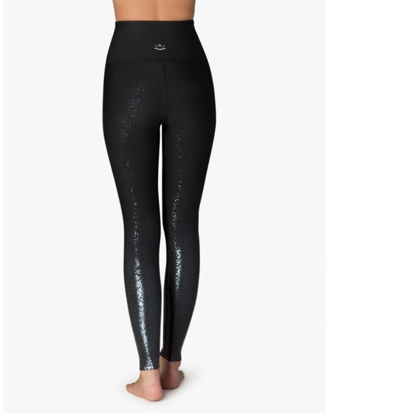 1509ffba4bc0d Beyond Yoga Pants | Alloy Ombre High Waisted Midi Legging | Poshmark